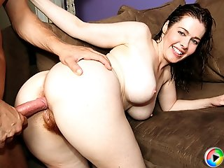 Busty brunette gets her pink hole filled by her stepson